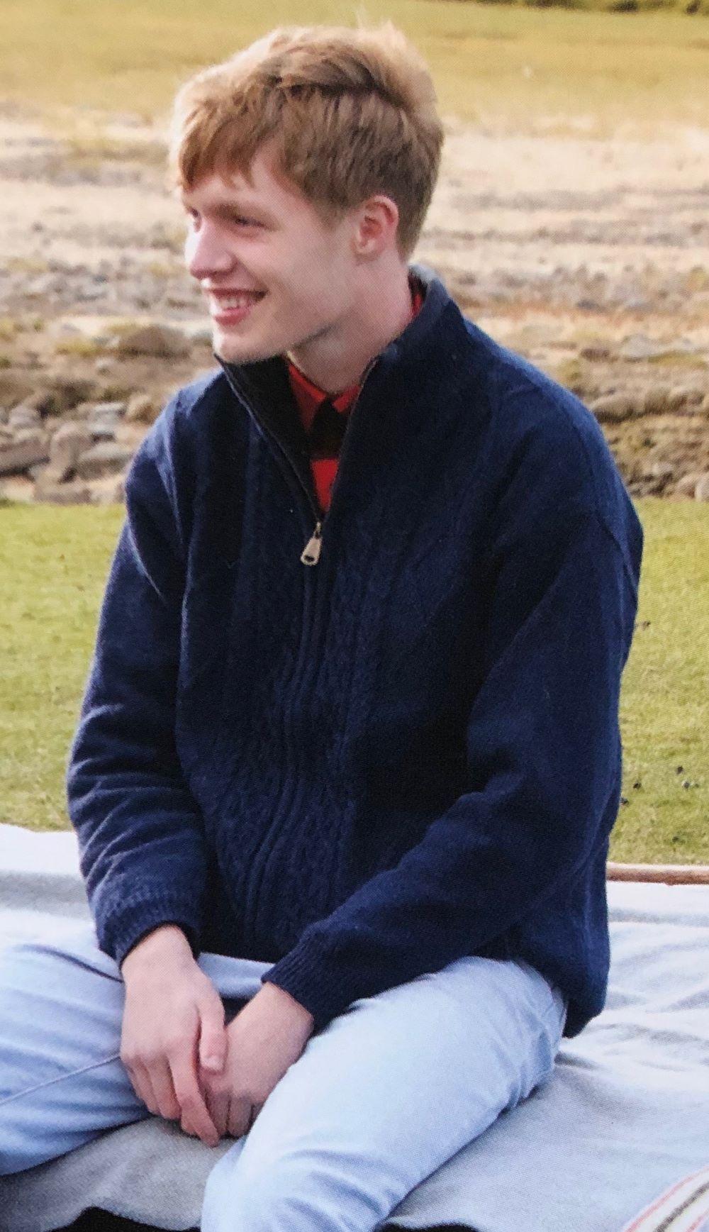 Shetland Wool Lined Zipper Blue